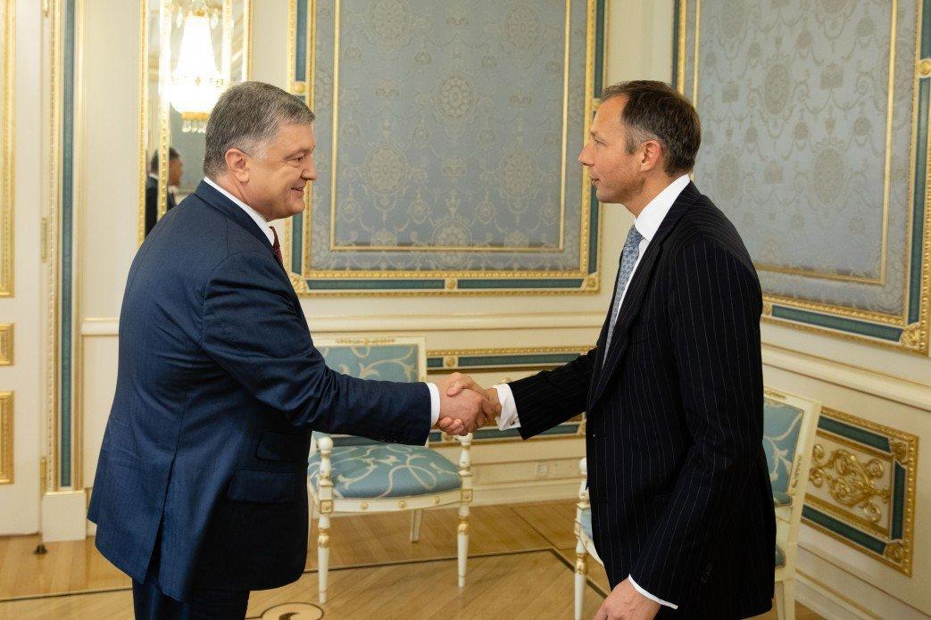 Представитель Госдепа США заверил Порошенко в сопротивлении строительству Nord Stream-2