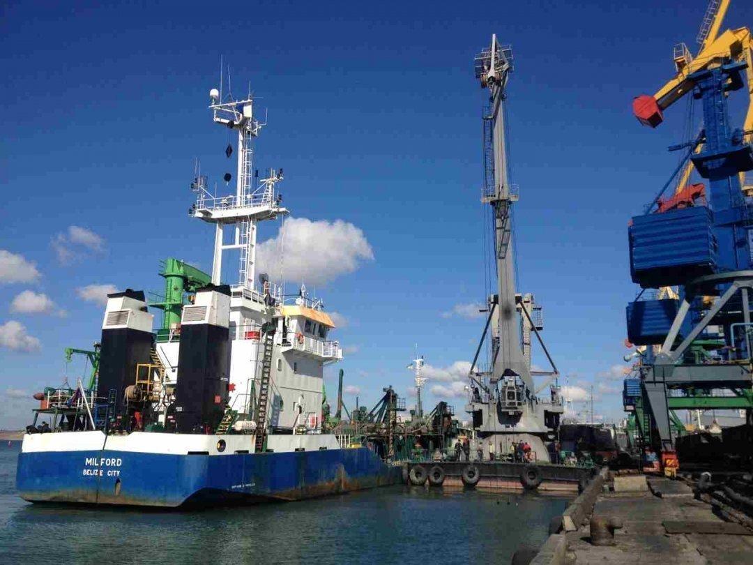 Суд признал недействительным договор по дноуглублению в двух портах на сумму 712 млн грн