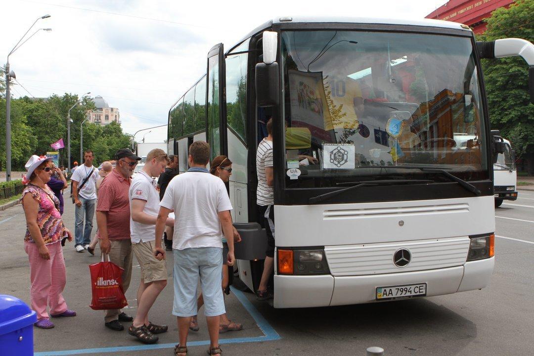 Через два года междугородние автобусы должны быть оснащены ремнями безопасности