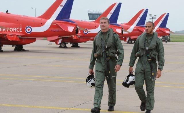 ВВС Британии перехватили 6 российских бомбардировщиков над Черным морем
