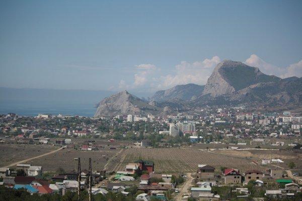 Власти Крыма предлагают снизить налоги для отелей и санаториев полуострова