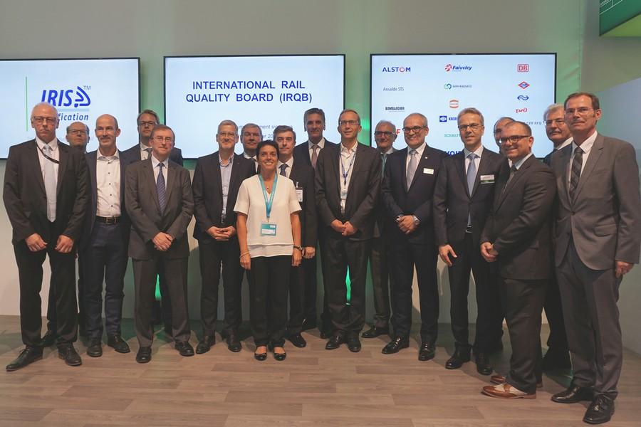 HARTING вступает в Международный комитет по качеству продукции для железнодорожного сектора (IRQB)