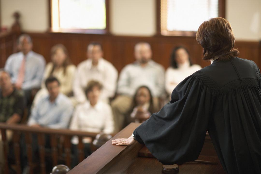 Зачем Украине нужен суд присяжных