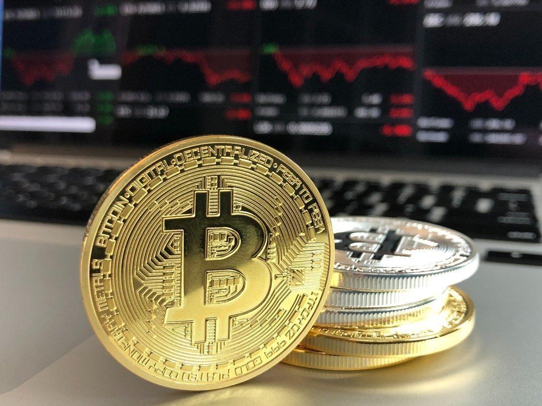 Биткойну — 10 лет: как менялся курс криптовалюты, и что вы об этом знаете (тест)