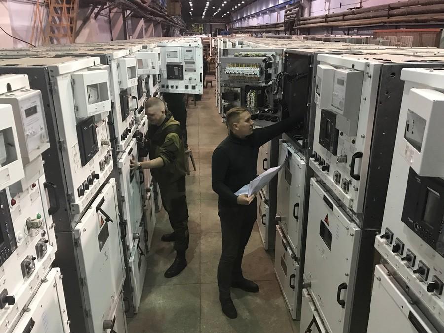 «МЭТЗ им. В.И.Козлова» готов к отгрузке очередной партии КРУ-МЭТЗ-0,4 и КРУ-МЭТЗ-10
