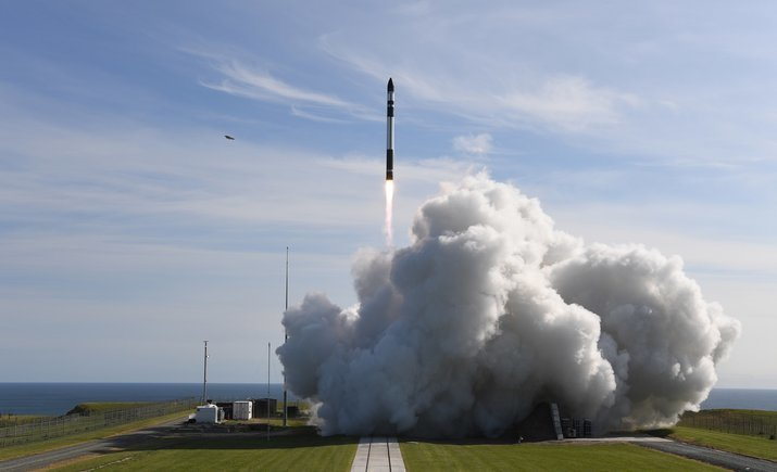 Запущена еще одна коммерческая ракета