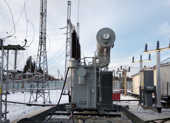 Специалисты «Вологдаэнерго» реконструируют подстанцию в Никольском районе Вологодской области