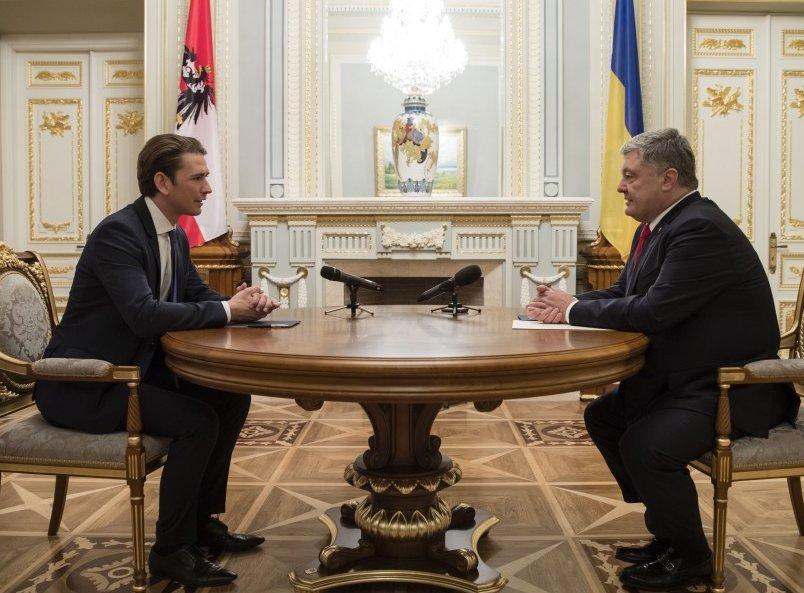 Канцлер Австрии напомнил о том, как можно решить конфликт на Донбассе