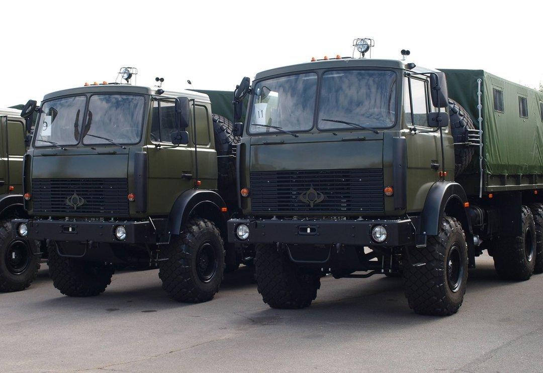 """Вместо """"УРАЛов"""". Армии передали партию грузовиков """"Богдан"""""""