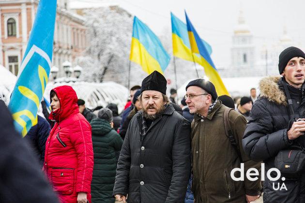 Что происходит возле Софийской церкви, где проходит объединительный собор (фото)