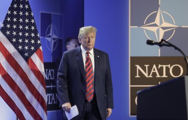 Конгресс запретил Трампу выводить США из НАТО