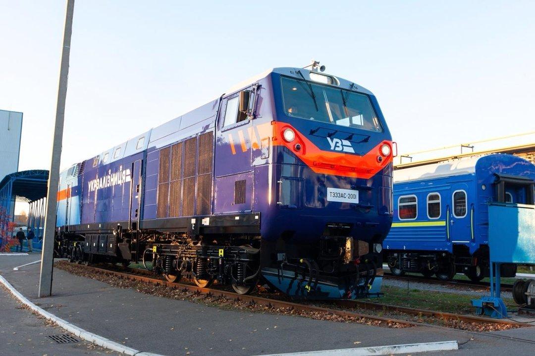 Омелян назвал проблему с новыми локомотивами General Electric надуманной