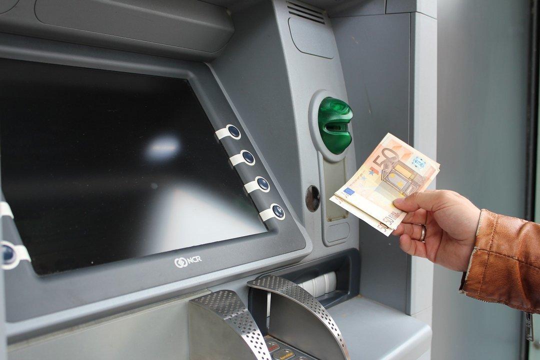 Вступили в силу новые правила обмена валют